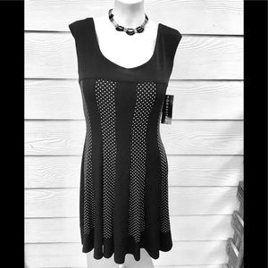 🌹NWT CONNECTED Black Dress with White polka dots.